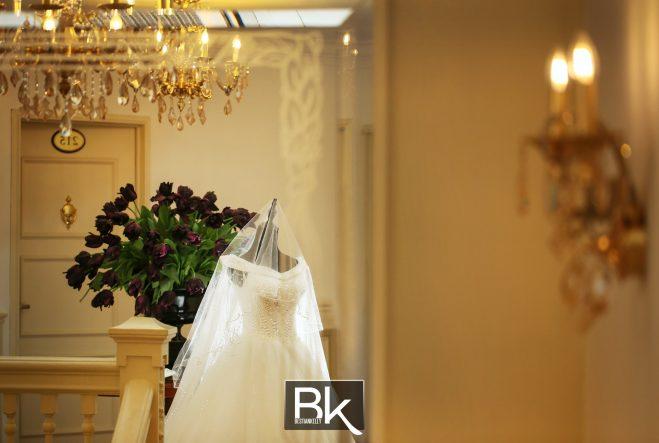 winsen-and-cynthia, church wedding, penang wedding, fresh flower, clock, flower girl, candids, thali, guests, rose flower, wedding ring, gold ring, gold thali, heart shape thali, wedding gowns