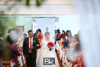 winsen-and-cynthia, church wedding, penang wedding, fresh flower, clock